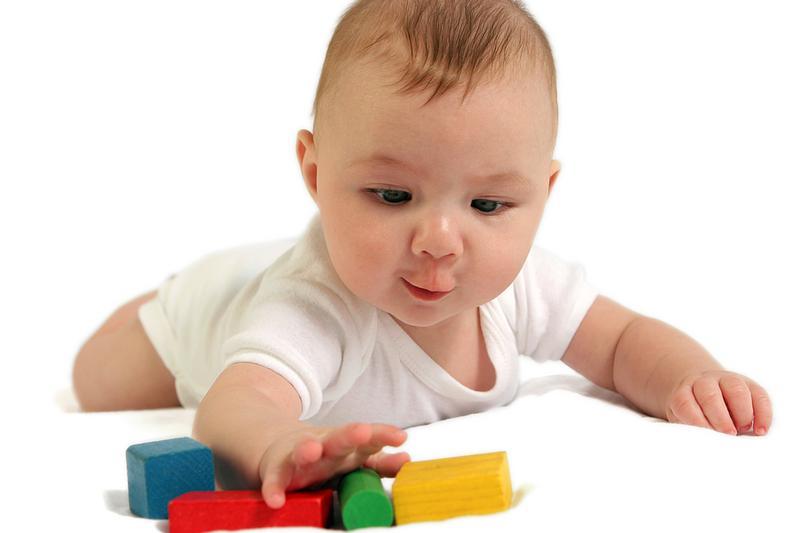 5 месяца ребенок развитие