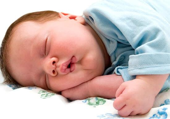 Ребенок 2 месяца сопли