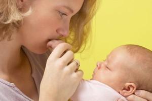 Запор у новорождённых: эффективность эспумизана