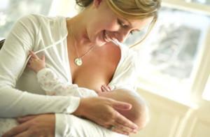Как кормить грудного ребенка