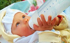 Смесь малютка для детского питания