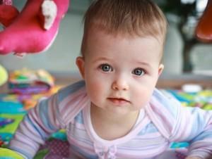 Что умеет делать ребенок в 10 месяцев