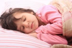 Лечение соплей в носоглотке у ребёнка
