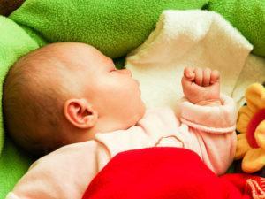 ребенок 5 месяцев плохо спит ночью