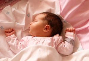 Продолжительность сна ребёнка в 1 месяц