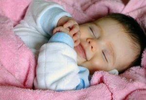 беспокойный сон ребенка