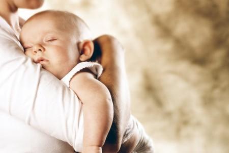 фото мамы с ребенком на руках