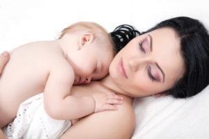 Если ребёнок спит с грудью
