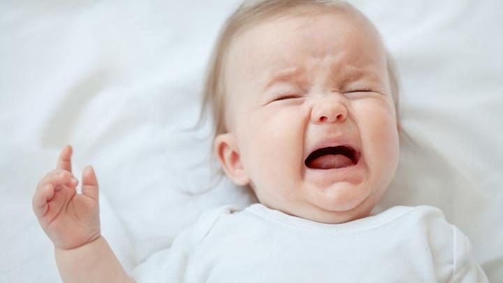 Ребенок грудной постоянно плачет