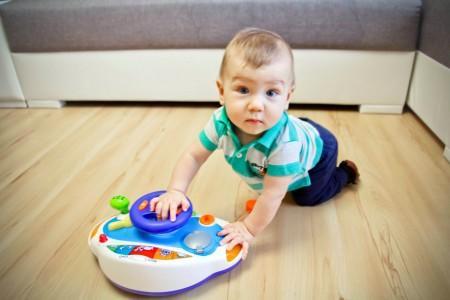 Способности ребенка в 10 месяцев: что должен уметь ваш малыш