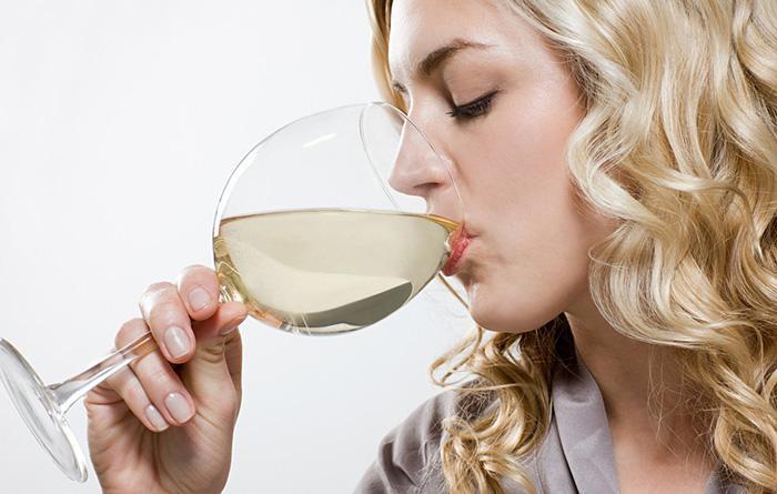 Действие алкоголя при кормлении грудью