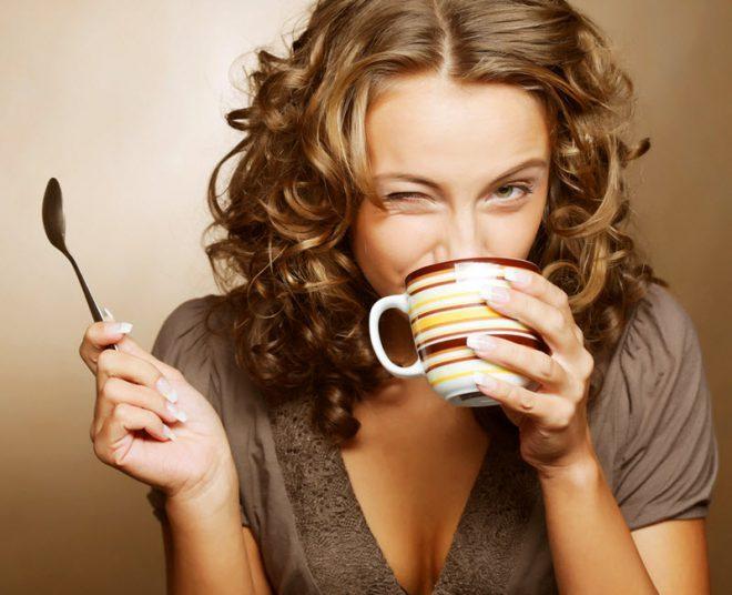 kofe i kormyatchaya mama