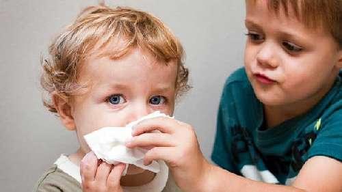 Нестандартное средство от насморка детям: сок свёклы