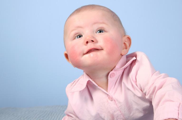 Весь вред сладкого: аллергия у детей