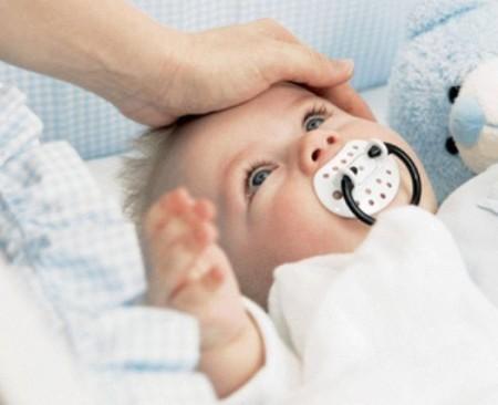 Что делать при не проходящем насморке у ребёнка