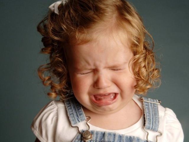 Психологические причины плача малышки