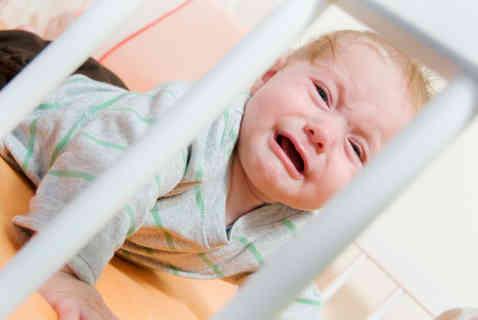 8 месячный ребёнок плохо спит