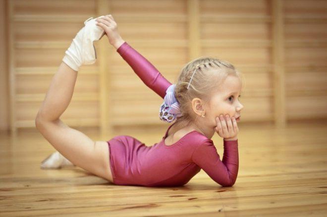 yunaya gimnastka