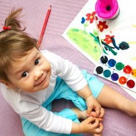 Развитие ребенка через рисование красками и пластилином