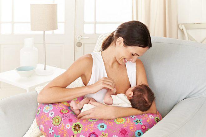 Подушка для кормления ребенка